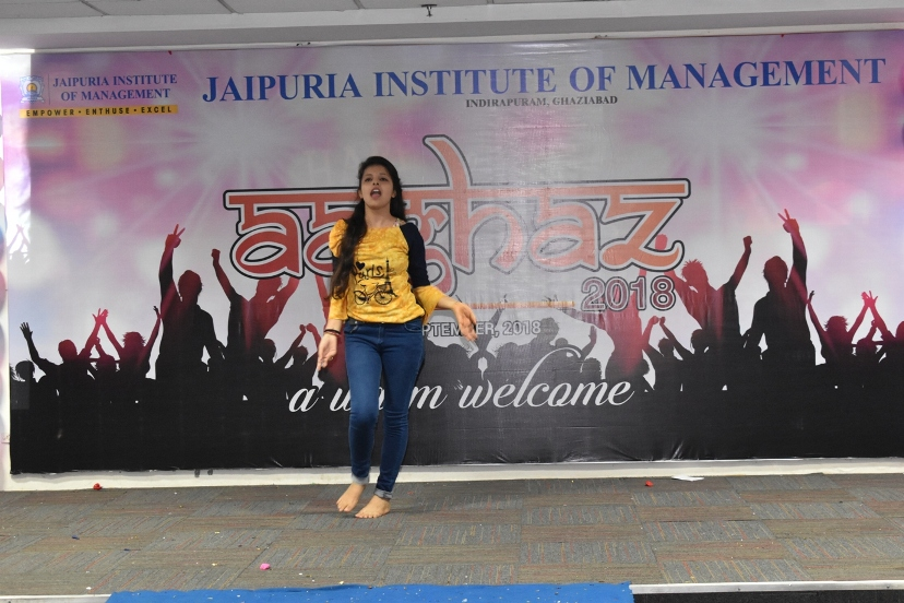 Fresher-Party-Celebrate-at-Jaipuria-Institute-of-Management-13