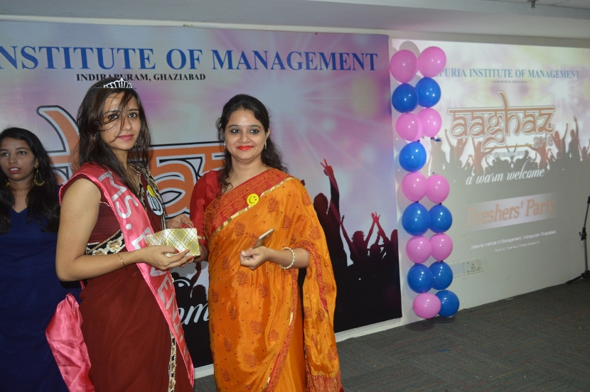 Fresher-Party-Celebrate-at-Jaipuria-Institute-of-Management-17