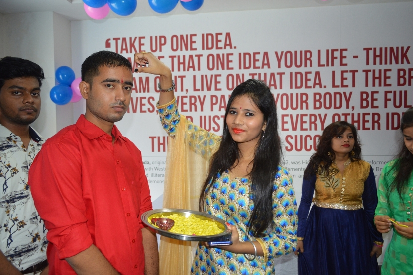 Fresher-Party-Celebrate-at-Jaipuria-Institute-of-Management-3