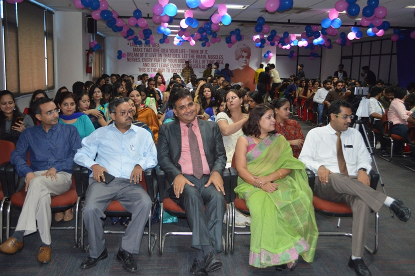 Fresher-Party-Celebrate-at-Jaipuria-Institute-of-Management-4