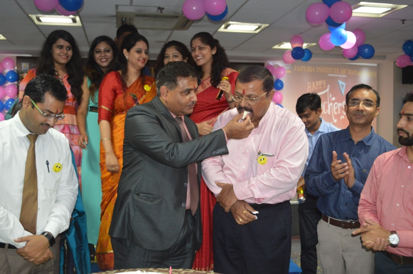 Teachers-Day-Celebrate-at-Jaipuria-Institute-of-Management-10