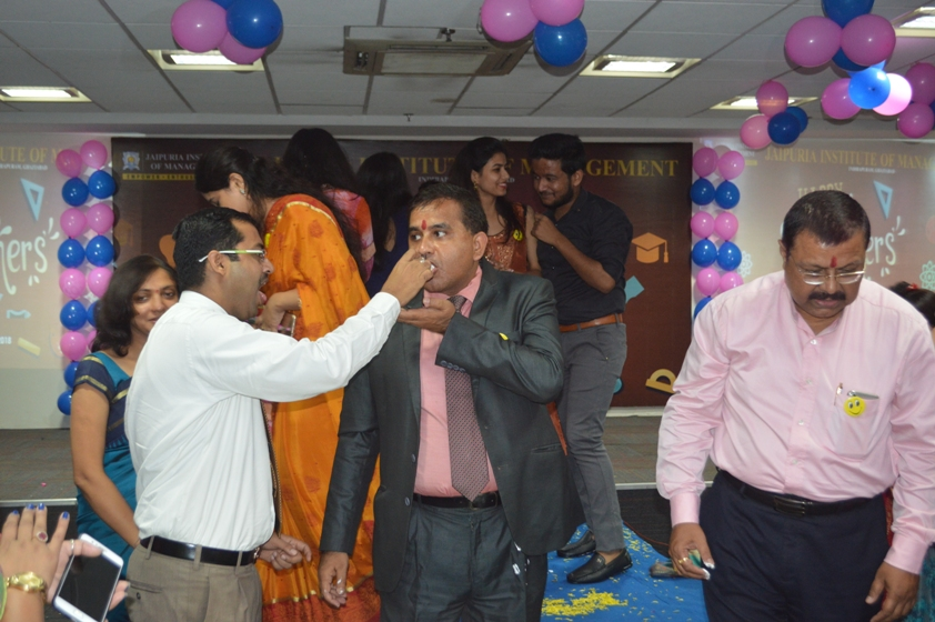 Teachers-Day-Celebrate-at-Jaipuria-Institute-of-Management-12