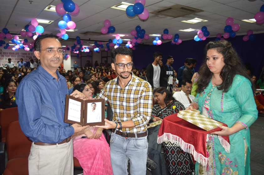 Teachers-Day-Celebrate-at-Jaipuria-Institute-of-Management-16
