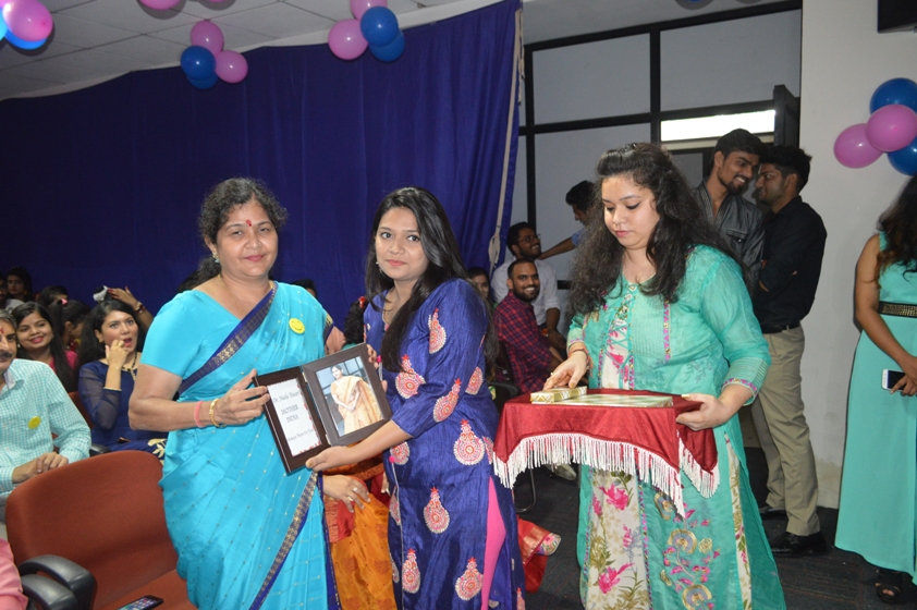 Teachers-Day-Celebrate-at-Jaipuria-Institute-of-Management-18
