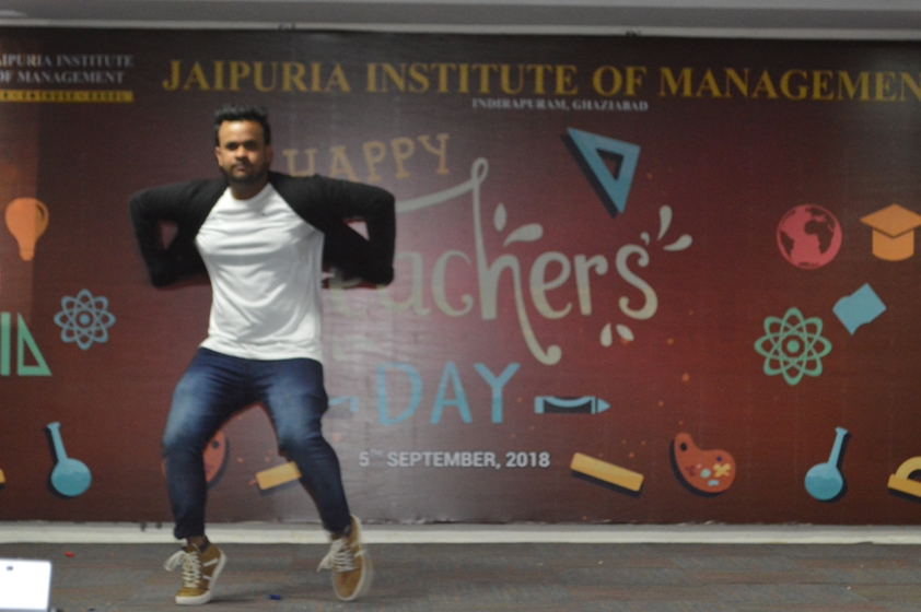 Teachers-Day-Celebrate-at-Jaipuria-Institute-of-Management-22