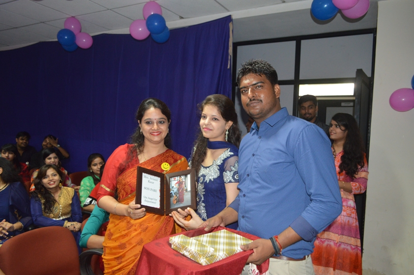Teachers-Day-Celebrate-at-Jaipuria-Institute-of-Management-24