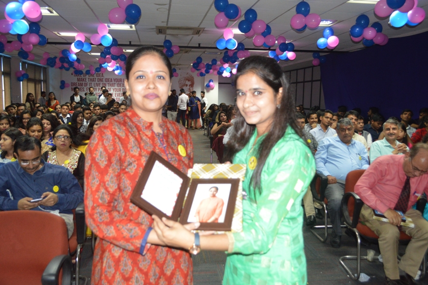 Teachers-Day-Celebrate-at-Jaipuria-Institute-of-Management-27