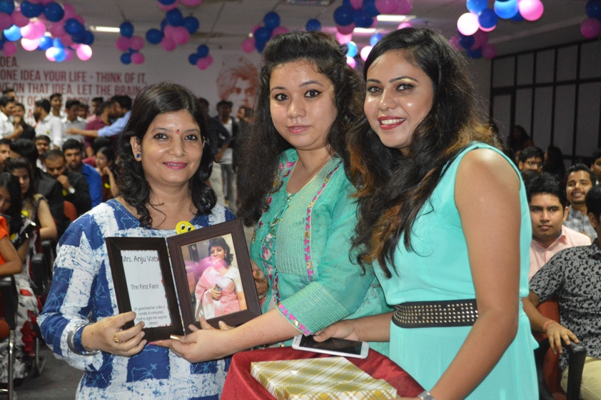 Teachers-Day-Celebrate-at-Jaipuria-Institute-of-Management-36