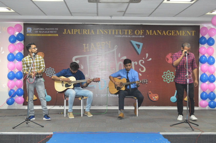 Teachers-Day-Celebrate-at-Jaipuria-Institute-of-Management-5