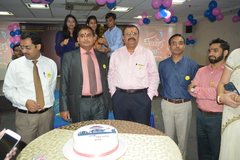 Teachers-Day-Celebrate-at-Jaipuria-Institute-of-Management-7