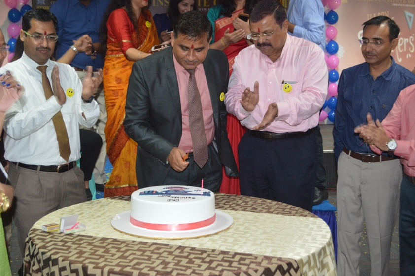 Teachers-Day-Celebrate-at-Jaipuria-Institute-of-Management-8