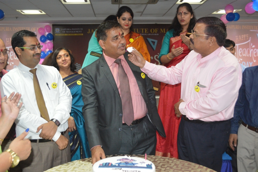 Teachers-Day-Celebrate-at-Jaipuria-Institute-of-Management-9