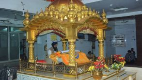 TINY TOTS VISIT GURUDWARA AND CHURCH