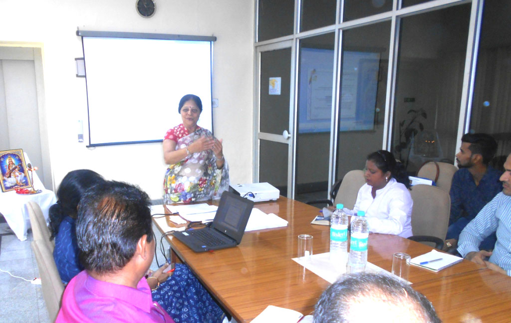 """Executive Development Programme on Achieving Success through Effective Communication"" at Ginni Filaments, Kosi Mills"
